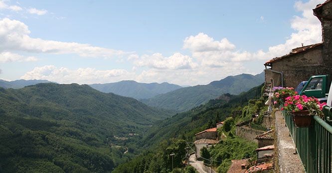 hills4.jpg