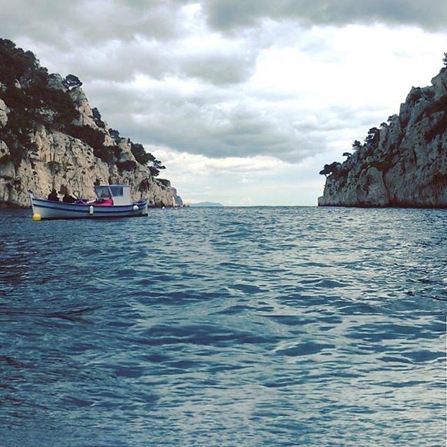 #cloudyday #calanquedenvau sailing today
