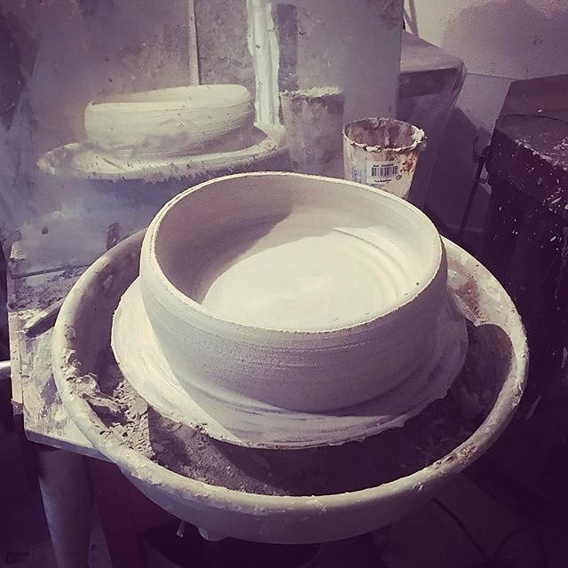 #throwinglarge #ceramics