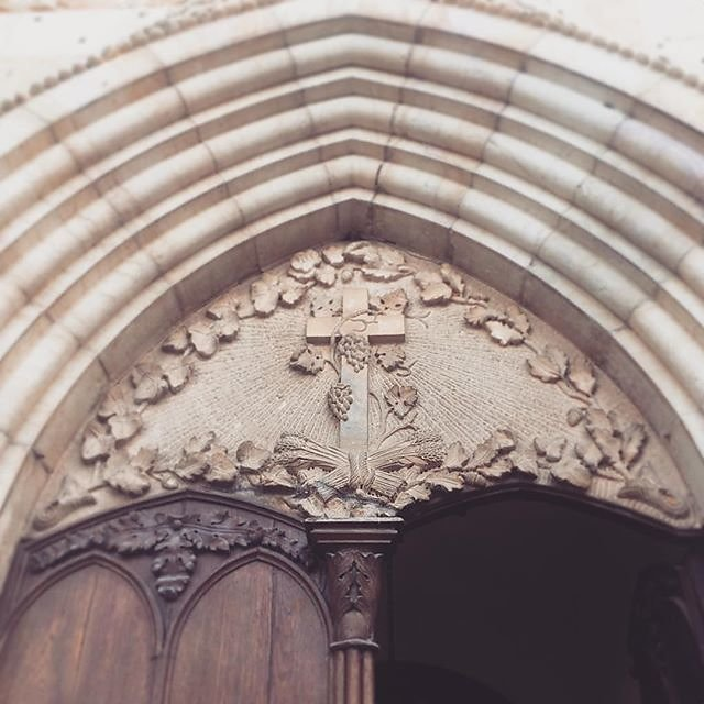 #carces #stonemasonry #church #harvest #wine #provence