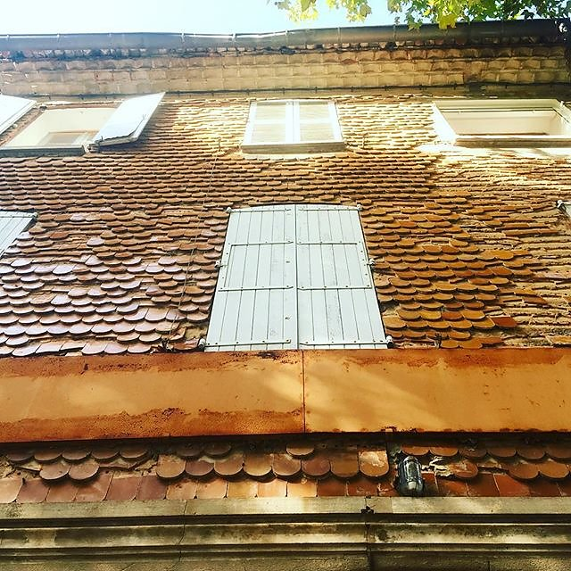 #ceramic #tiles on a village house in #montfortsurargens  #architecture #claddings #design #provence